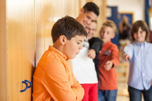 Токсикомания у подростков (детская)