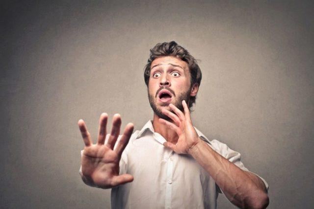 Боязнь змей (Герпетофобия): как называется фобия, симптомы, лечение
