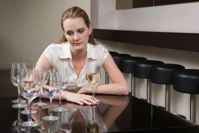 Алкоголизм мужской и женский: какой быстрее формируется, отличия