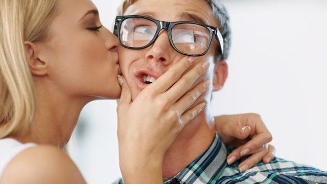 Страх поцелуя — филемофобия, описание фобии