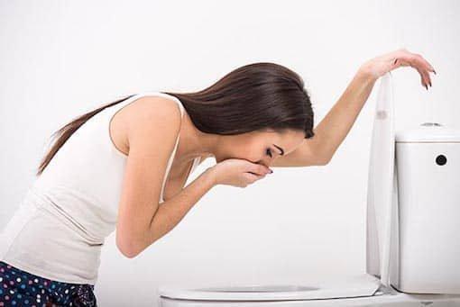 Боязнь дырок и отверстий (Трипофобия): название, причины, лечение
