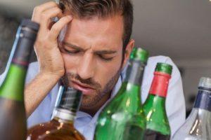 Абстинентный синдром при алкоголизме (ломка): что такое, снятие, в домашних условиях