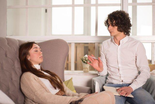 Внушаемость человека: в психологии, повышенная, что такое