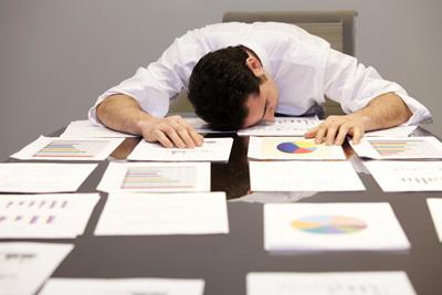 Депрессия из-за работы: что делать