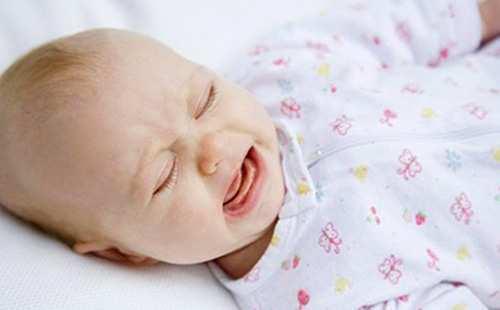Испуг у ребенка (грудничка): признаки, симптомы