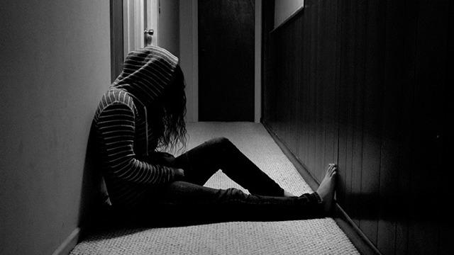 Как избавиться от страха смерти и тревоги: что делать, как преодолеть