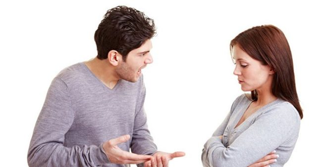 Жена ревнует мужа без повода: что делать и какие причины