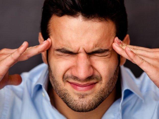Болит голова от нервов, напряжения: симптомы, лечение, как снять