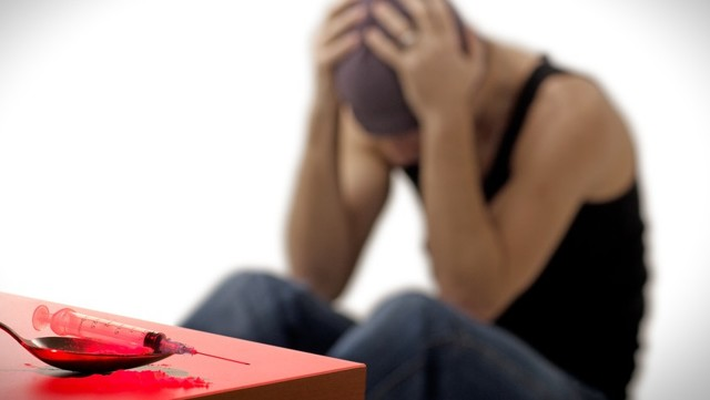 Героиновая зависимость: что такое, последствия, симптомы