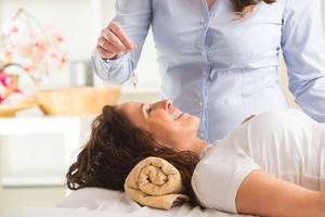 Эриксоновский гипноз: основные положения, методы и техники, что такое, суть