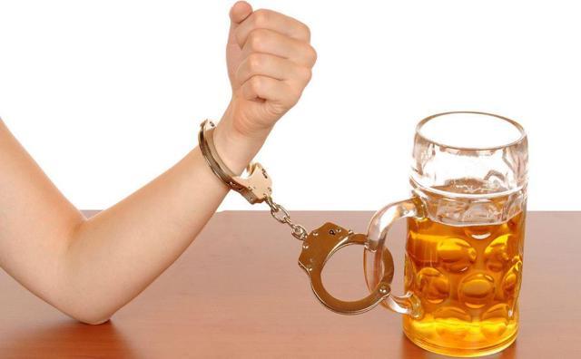 Алкоголизм мужской: признаки, стадии, последствия