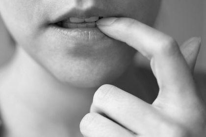 Как побороть сильное волнение: как преодолеть признаки, как успокоиться при общении с людьми, методы борьбы для мужчин и женщин