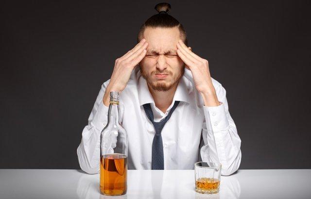Гипноз от алкоголизма: лечение, в домашних условиях, можно ли